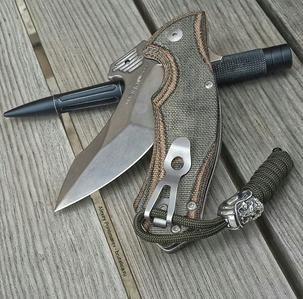 Темляк для ножа из паракорда