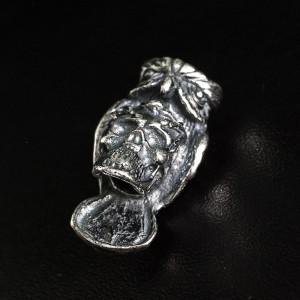 """Бусина для темляка """"Череп с Филином"""", латунь, ручное литье с серебряным покрытием"""