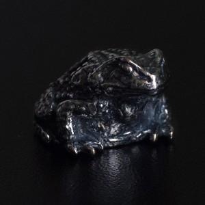 """Бусина для темляка """"Жаба"""", ручное литье с серебряным покрытием (гальваника)"""